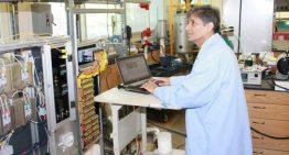 Astım hastası oğlu için moleküler hava temizleyici icat etti
