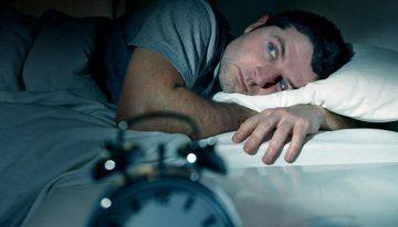 Uyku bozukluğu genç erkeklerde Alzheimer riskini artırıyor!